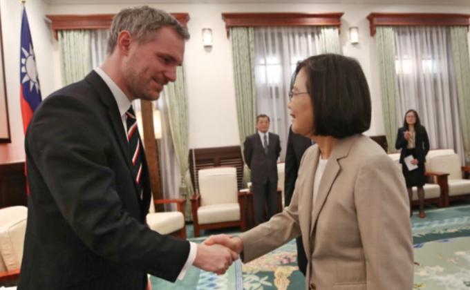 台湾与捷克签联合声明共同抗疫