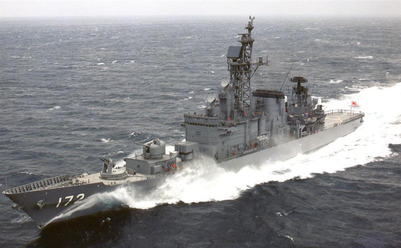 日本一艘军舰与中国一艘渔船30日在东海相撞,事故正在调查中。据大陆媒体报导,肇事军舰为日本海上自卫队岛风号驱逐舰。