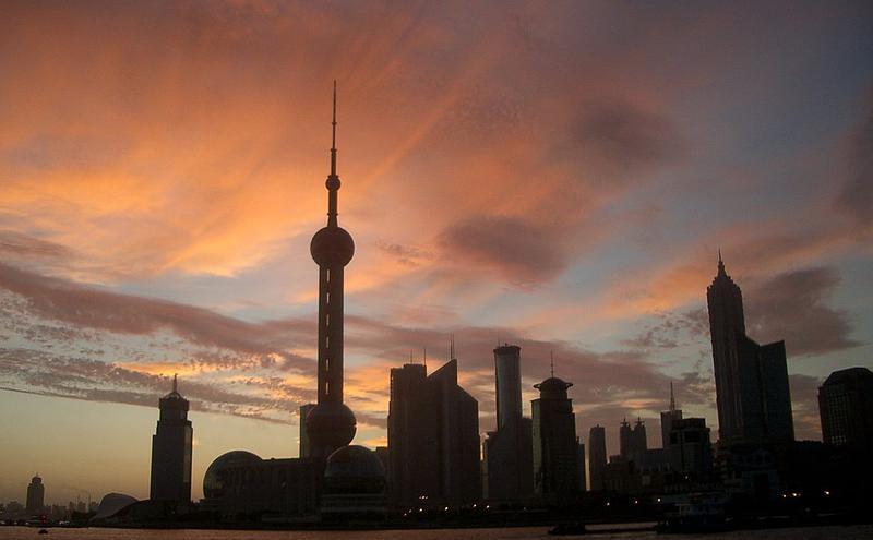 上海等地景点再度关闭引发猜测