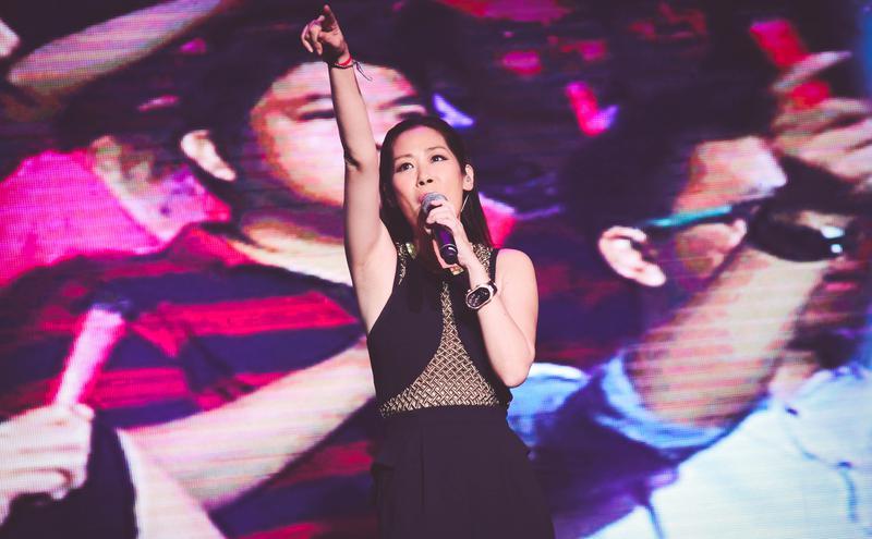 香港歌手关淑怡。