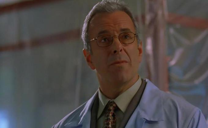 《蝙蝠侠》男星杰伊·贝内迪克特染疫逝世