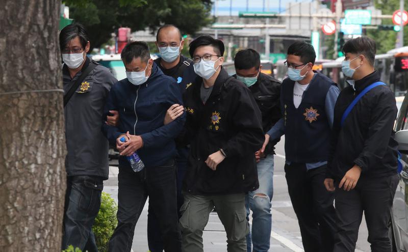 林荣基泼漆两名嫌犯遭逮捕。