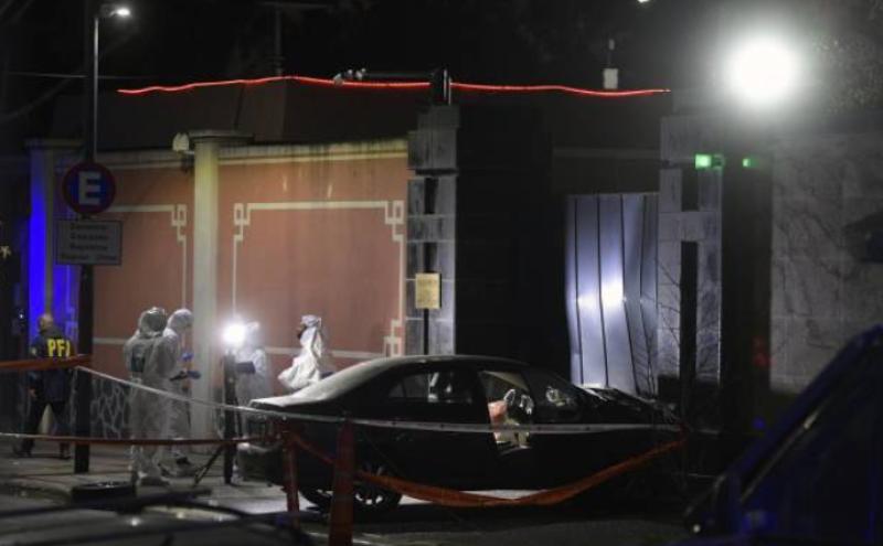 中国驻阿根廷大使馆遭到驾车撞击
