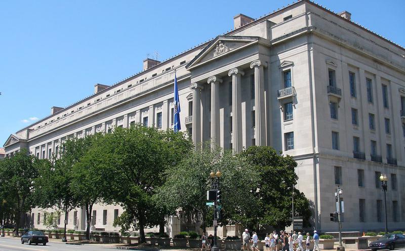 美国司法部总部-罗伯特·弗朗西斯·甘乃迪大厦(图片来源:Sebmol,wiki,CC BY-SA 3.0)