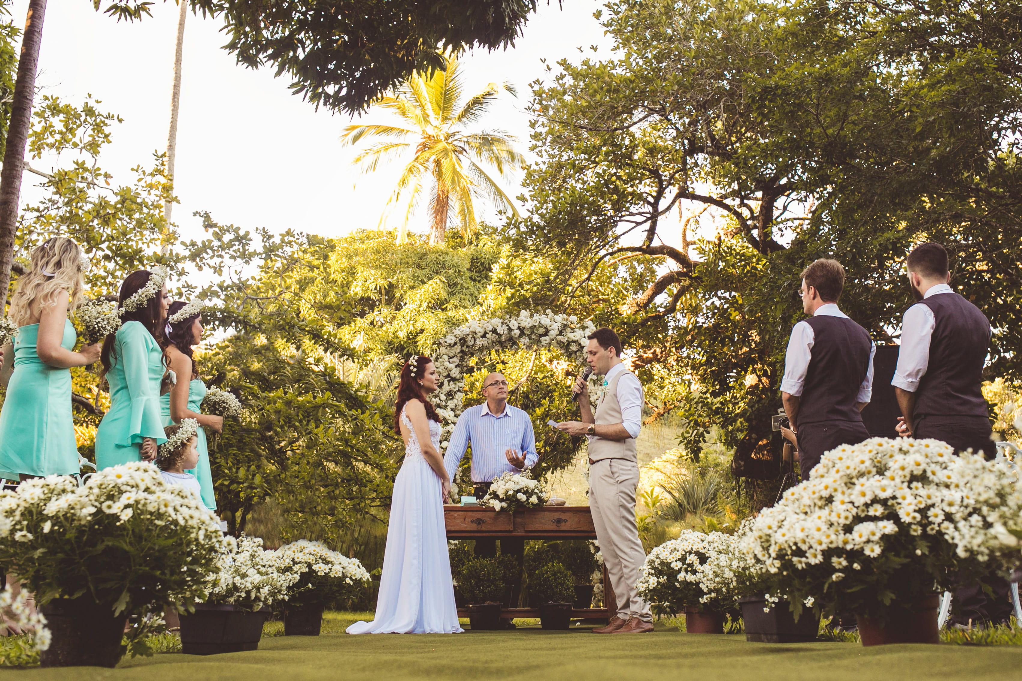 婚礼 (来源:pikrepo)
