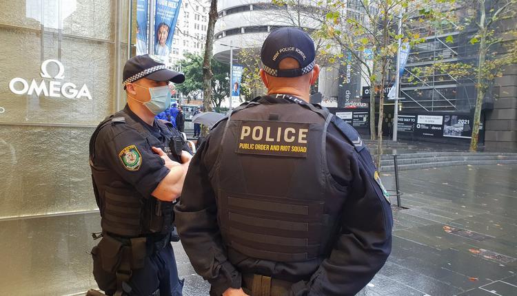 新州警方正在调查周二(9月1日)晚上在悉尼发生的两起枪击事件
