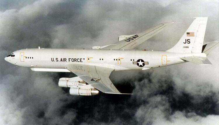 美军E-8C联合监视指挥机