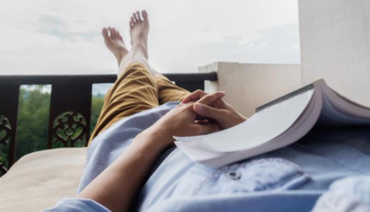 中国人日均休闲时间仅2.42小时