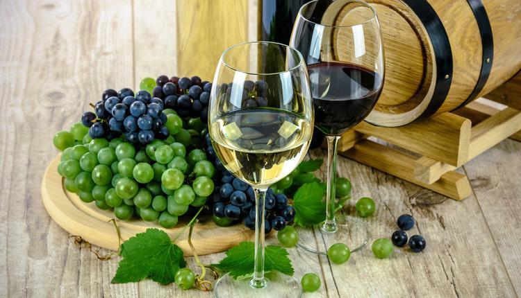 中国政府宣布对澳洲葡萄酒发起反倾销调查。