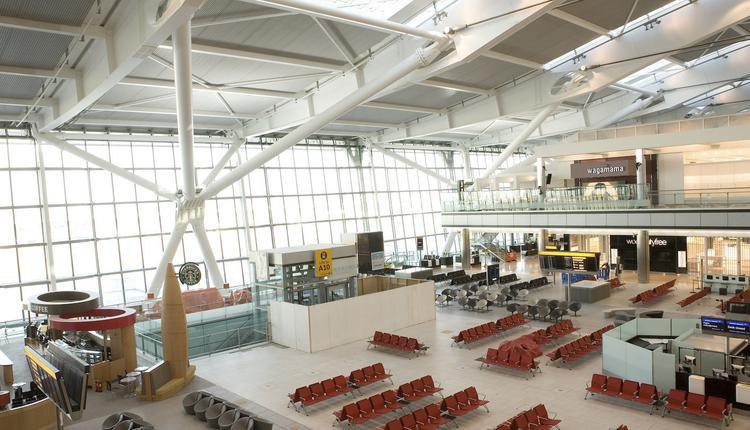 英国, 希思罗机场, Terminal 5, 候机厅