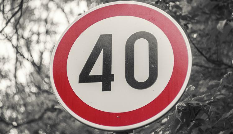 限速40km/h