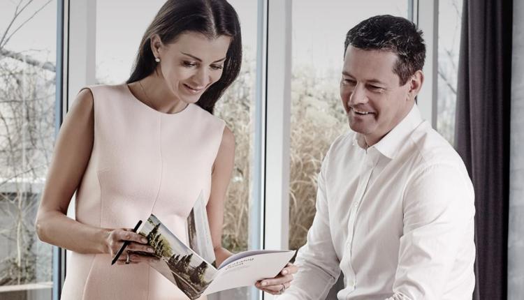 捷克富豪柯玛瑞克和妻子