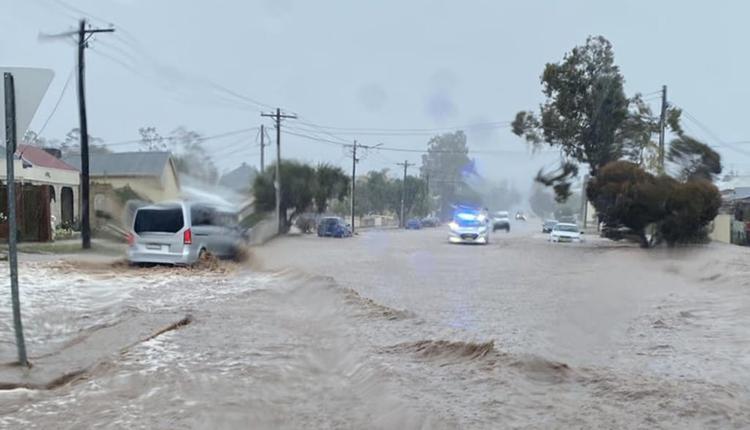 新州内陆小镇Broken Hill15分钟下完逾1个月降雨量