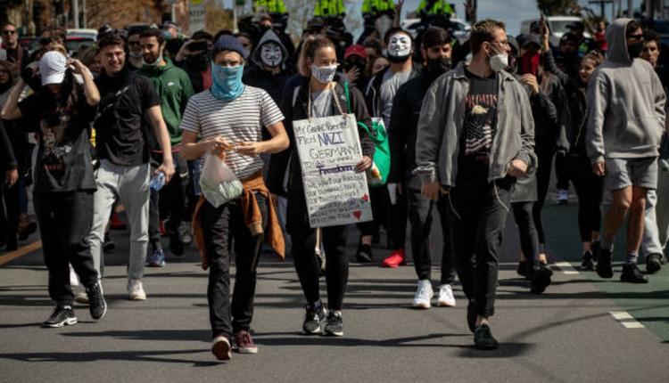 墨尔本反封锁抗议活动
