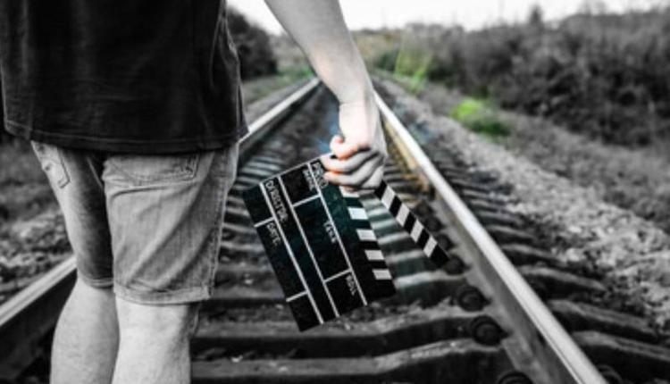 广西两男孩为拍视频闯入铁路