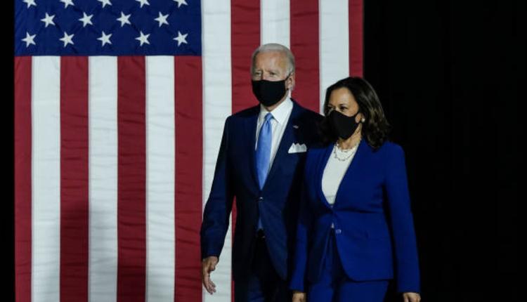 拜登与哈里斯(图片来源:Drew Angerer/Getty Images)