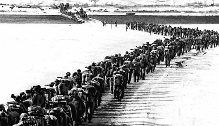 """中国人民志愿军""""1950年10月入朝参战(Public Domain)"""