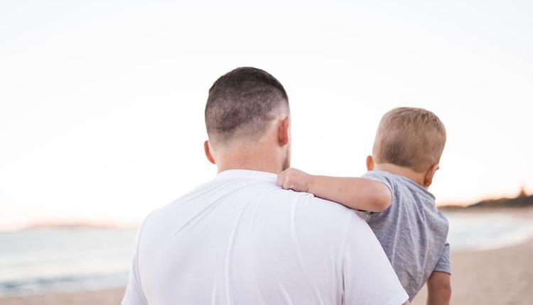 肩膀 父亲与孩子
