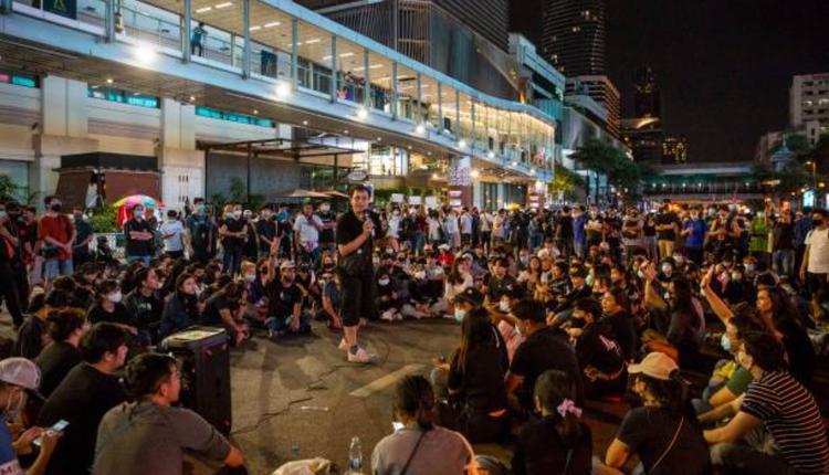 泰国反政府示威集会25日