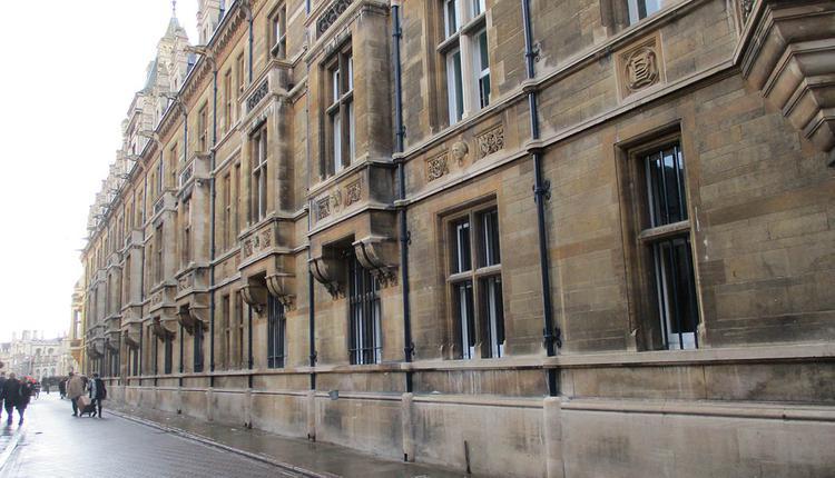 二次封锁, 剑桥大学
