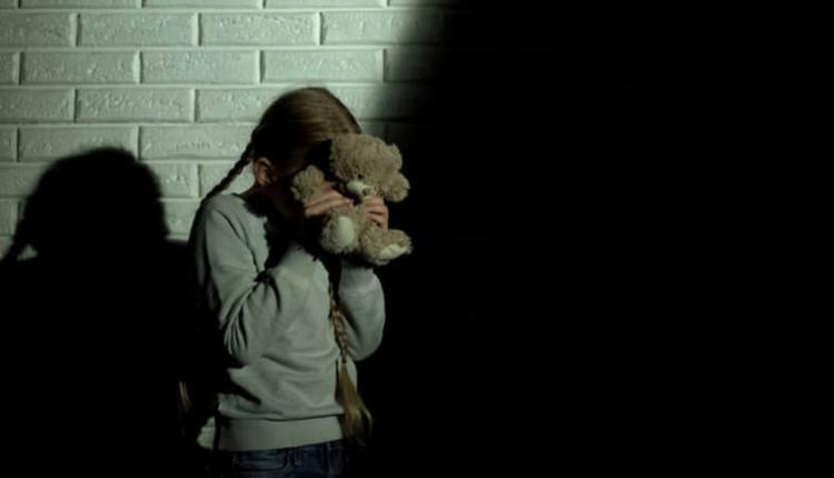 男子多次强奸已订婚女儿