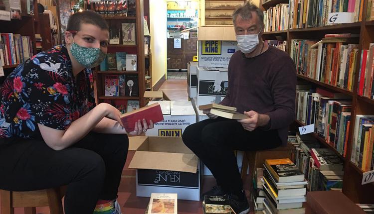 Sappho Books, Cafe & Wine Bar (图片来源:脸书主页)