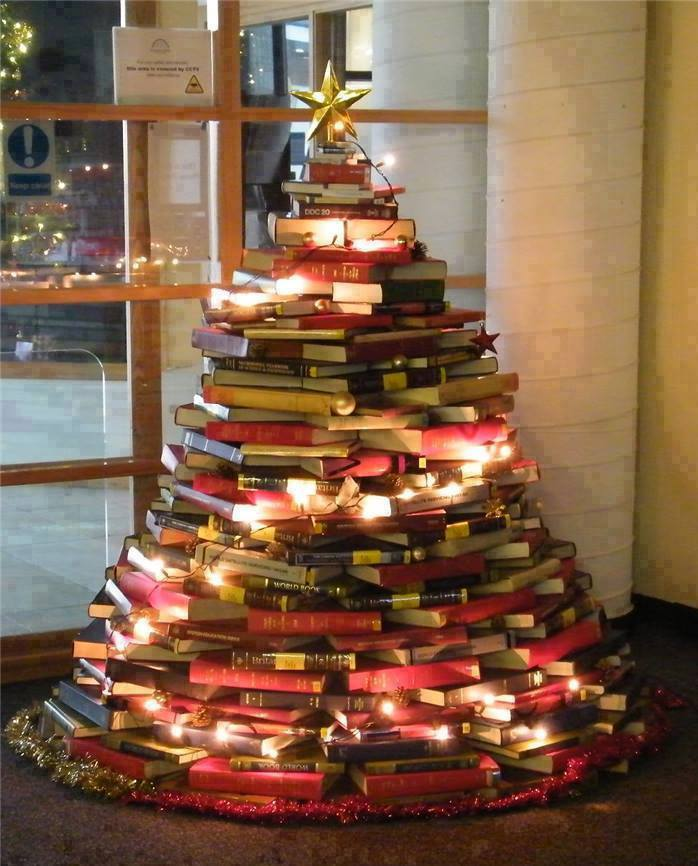 Aquarius Rising Bookshop (图片来源:脸书主页)