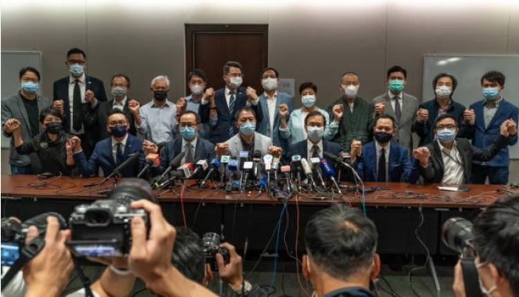 香港民主派集体总辞