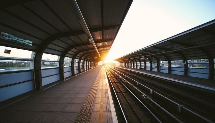 火车 轻轨