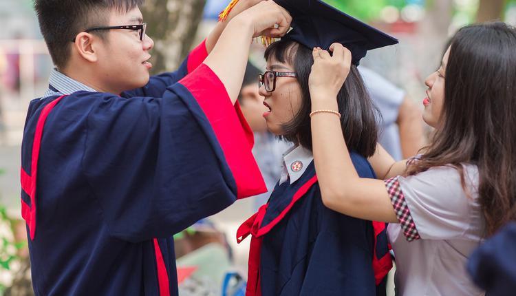 大学生毕业