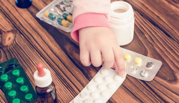 女童误服降压药身亡