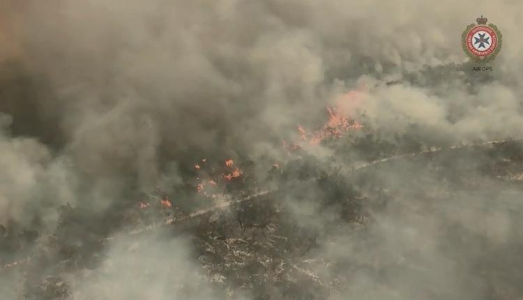 昆士兰弗雷泽岛遭遇山火