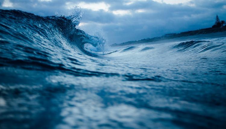 海浪 巨浪