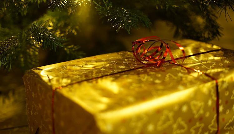 圣诞老人的礼物,示意图(图片来源:Pixabay)