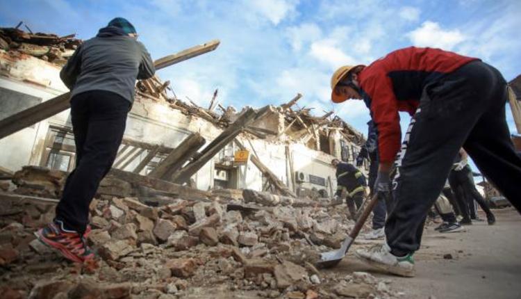 彼得里尼亞(Petrinja)城鎮多處的房屋因為地震受損。(圖片來源: DAMIR SENCAR/AFP via Getty Images)