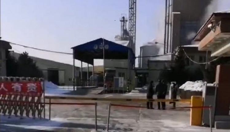 哈尔滨食品厂爆群聚感染 多位官员被问责