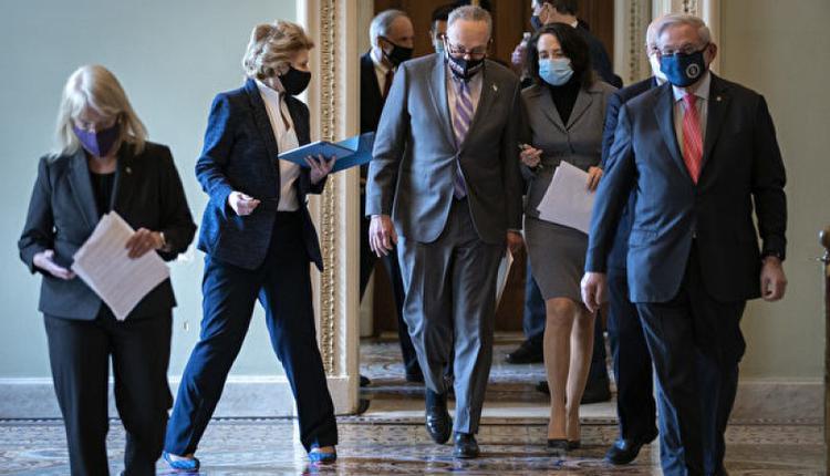 2月9日,美国参议院对前任总统川普进行弹劾审判