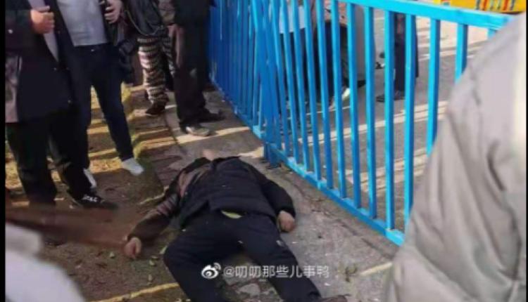 邵阳县一空中游乐设施发生故障10多个民众从高空急速坠下(图片来源:微博)