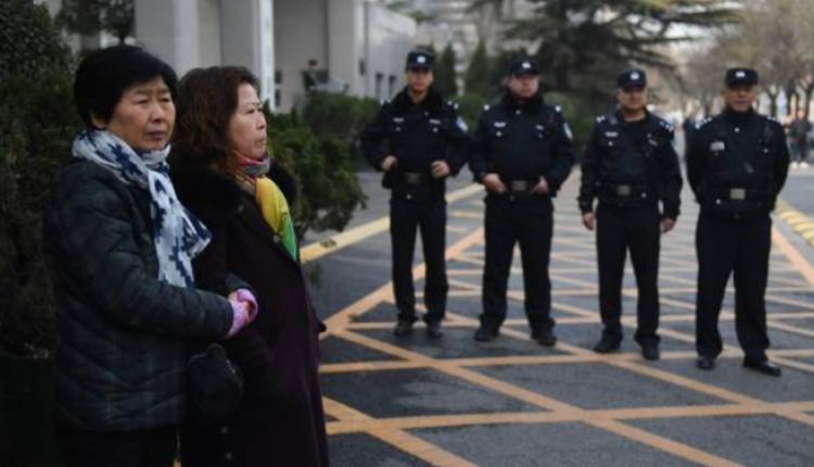 图为在北京维持治安的警察
