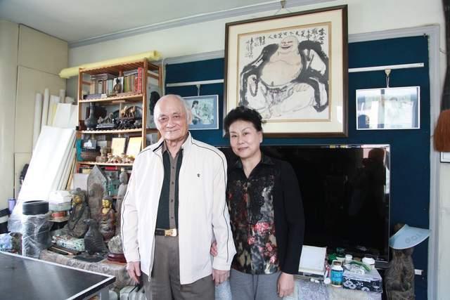 金铁柳(右)、汪易扬夫妇