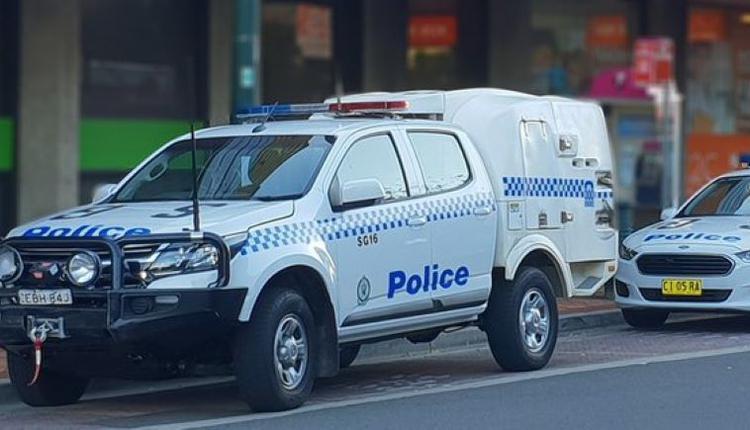 新州 警方 警车