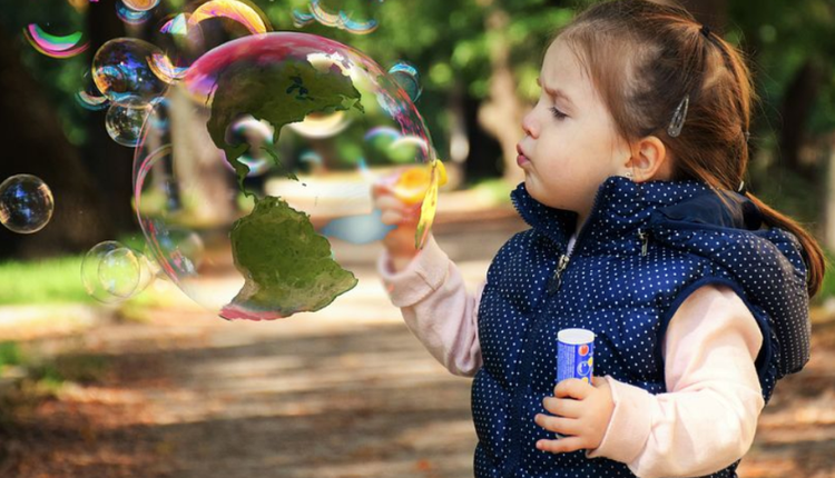 泡沫,房市泡沫,儿童,吹泡泡,可爱孩子