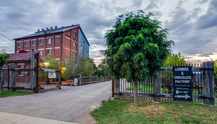 建于1934年Junee Flour Mill面粉厂,现在已经变成小镇最出名的甘草巧克力工厂了。