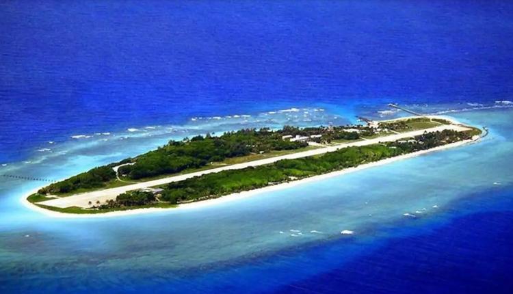 位于南海的台湾太平岛鸟瞰