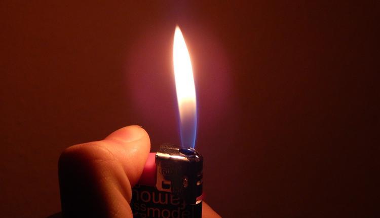 打火机,火