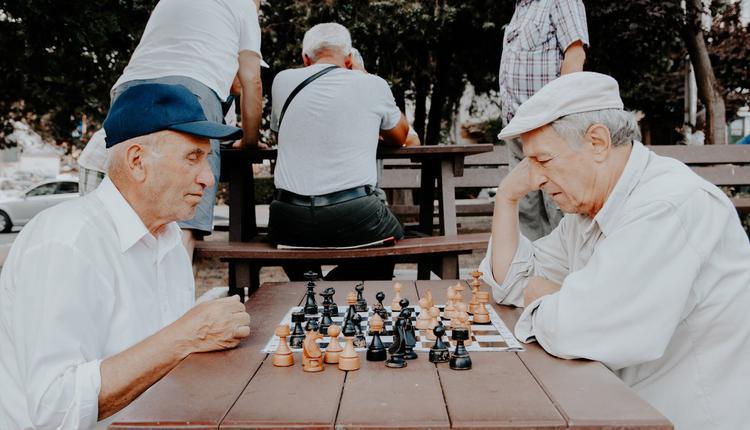 老人,下棋