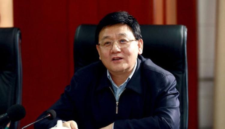 衛健委王賀勝繼去年空降湖北省委常委後,2度因疫情升官掌疾控局。(取自網路)