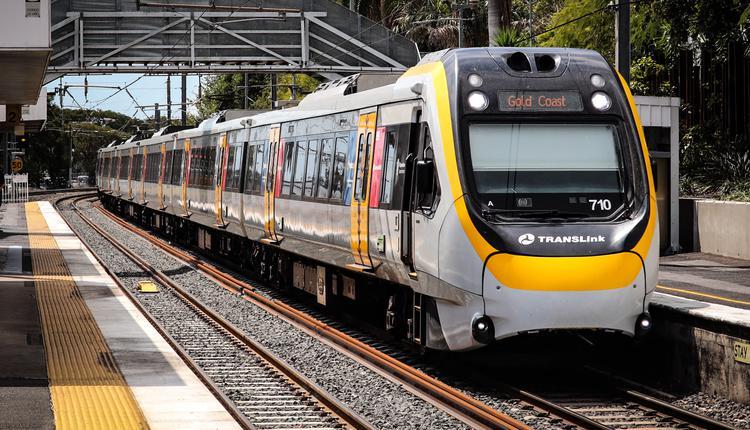 布里斯本NGR列车,火车,公共交通