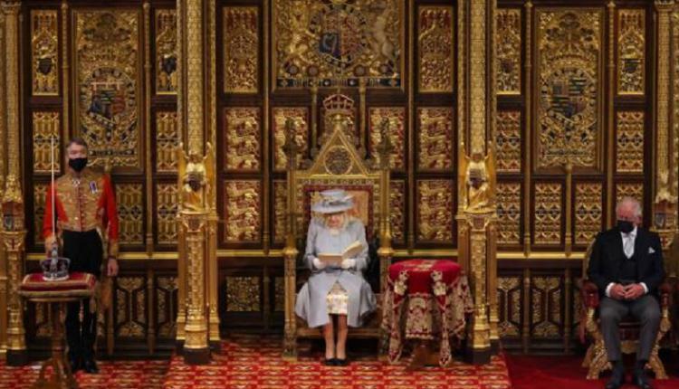 英国女王伊丽莎白二世,国会开议大典