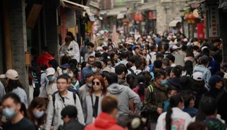 2021年5月1日北京后海挤满游客